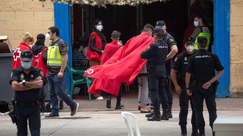 Ceuta, desbordada por la atención a los menores, espera la colaboración del Estado