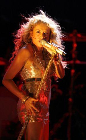 Una Paulina Rubio más rockera que pop se deja querer por su público de Madrid
