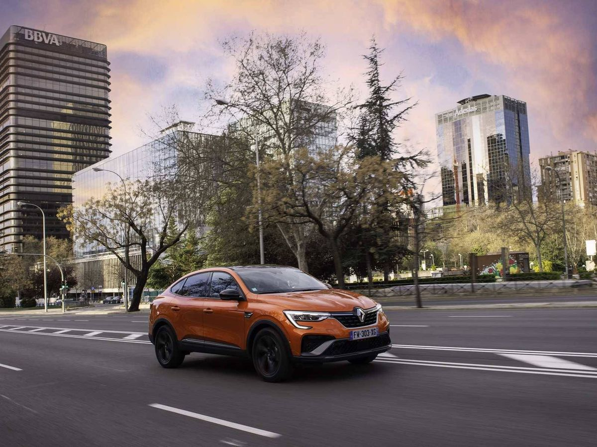 Foto: Renault lanzó en marzo el Arkana, un SUV de estilo cupé y ahora llega su variante híbrida.