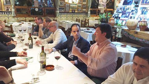 Denuncian los negocios del casero de Felipe González con el rector de la Rey Juan Carlos