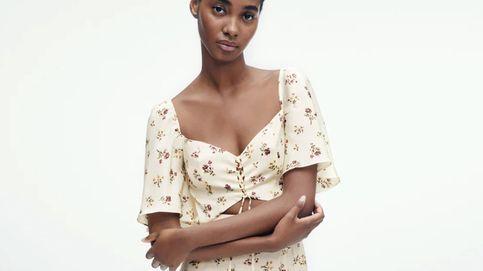 Este vestido cut-out de flores es todo tendencia y de Zara