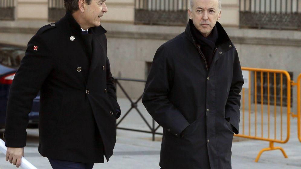 Foto: Felipe Benjumea, expresidente de Abengoa (derecha). (EFE)
