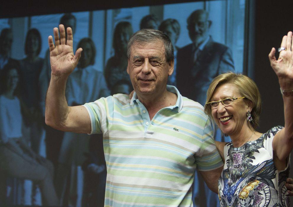 Foto: Francisco Sosa Wagner y Rosa Díez, en un acto de campaña de las últimas elecciones europeas (EFE)