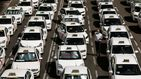 El taxi mete al Gobierno en un callejón legislativo antes de la operación salida