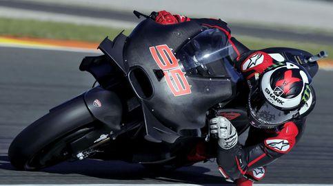 El contrato de MotoGP que convierte a los pilotos en 'hombres de negro'