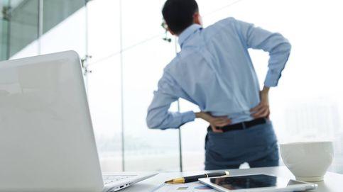 ¿Dolor de espalda?: los ejercicios qué debes hacer si estás todo el día sentado