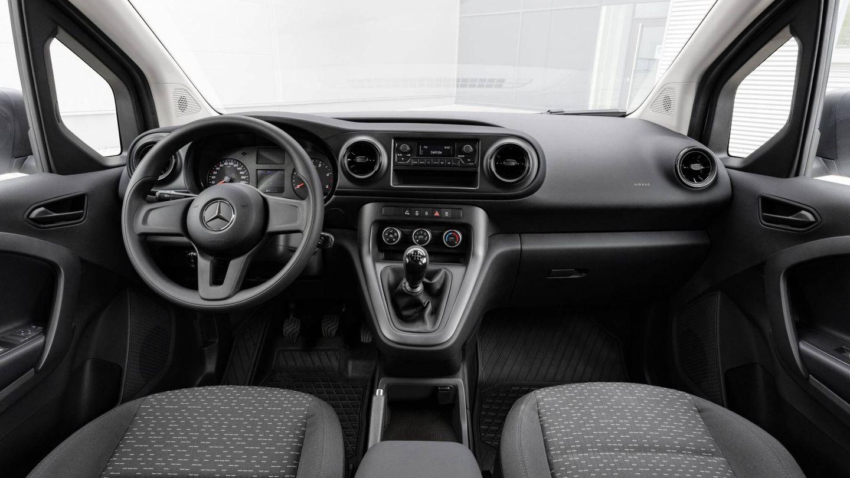 De manera opcional podremos equipar el Citan Furgon con el sistema de infoentretenimiento MBUX de Mercedes-Benz.
