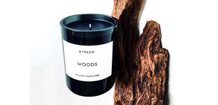 Post de 'Woods' de Byredo, la vela que cambia el ambiente del despacho