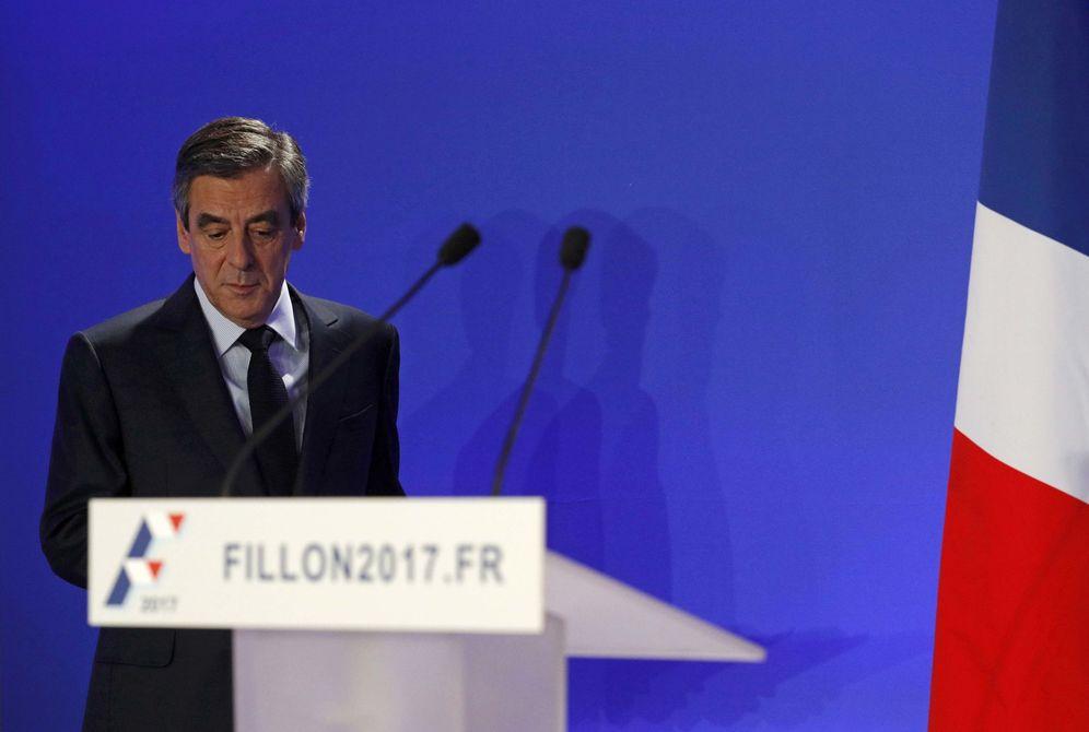 Foto: Francois Fillon durante la rueda de prensa para aclarar el 'Penelopegate', en París (Reuters).