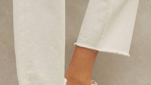 Parfois versiona con éxito las zapatillas deportivas blancas que nunca pasan de moda