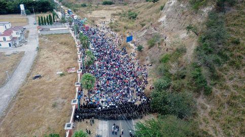 La caravana de migrantes hondureños permanece varada en el este de Guatemala