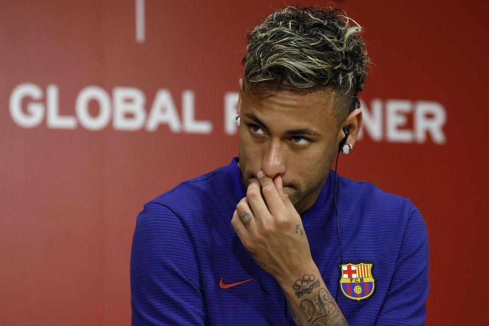 Foto: El futuro de Neymar como jugador del Barcelona vuelve a nublarse de manera considerable. (EFE)