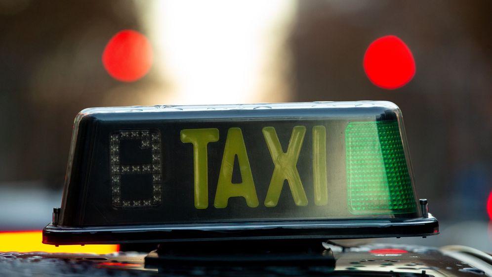 Foto: Imagen de archivo de un taxi. (EFE)