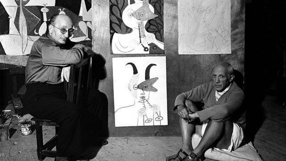 Foto: Pablo Picasso y Jaume Sabartés en 1946 (Michel Sima/Ayuntamiento de Barcelona)