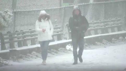 Una espectacular nevada cubre de blanco Nueva York