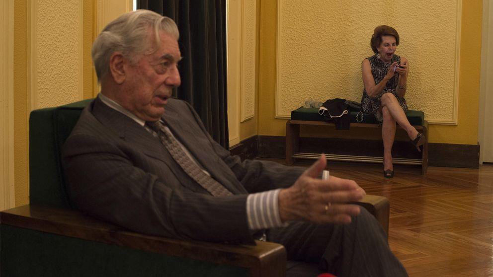 Lo que hacía Vargas Llosa mientras su esposa Patricia deshacía las maletas