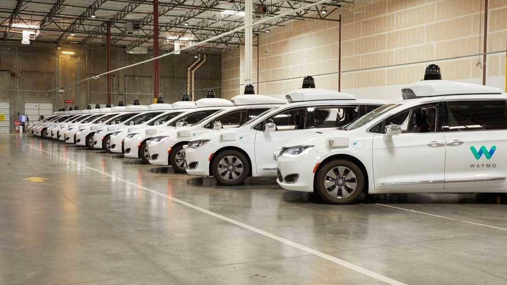 Google estrena sus taxis autónomos: así es viajar en uno de ellos