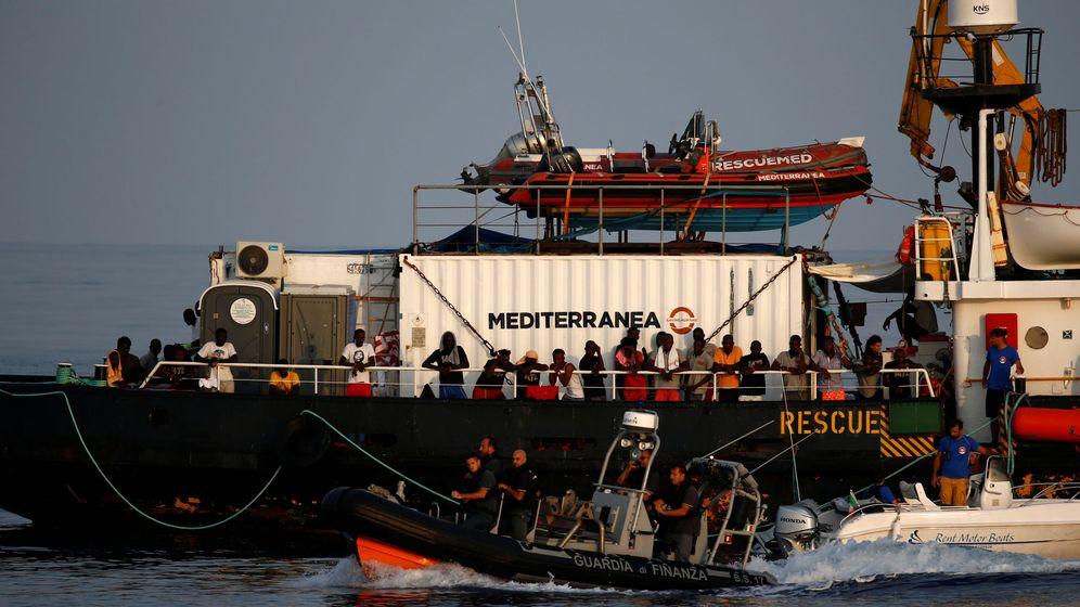 Foto: Inmigrantes rescatados del Mare Jonio. (Reuters)