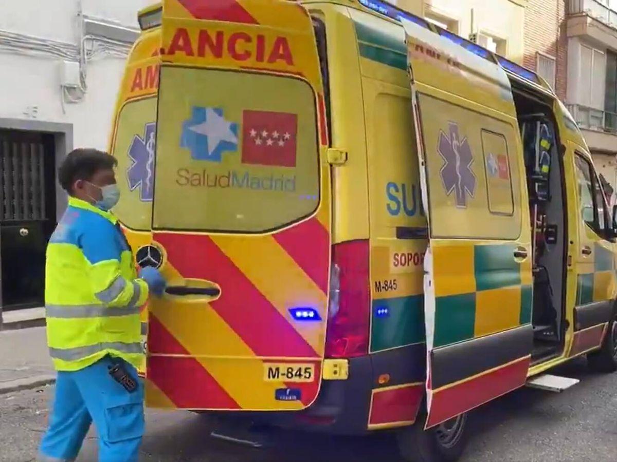 Foto: Dos jóvenes de 28 y 36 años han resultado heridos. (Emergencias 112 Madrid)