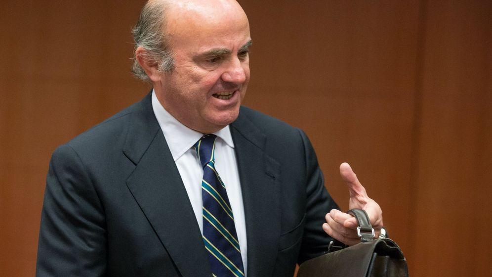 Foto: El ministro de Economía, Luis de Guindos, en el Eurogrupo (Efe)