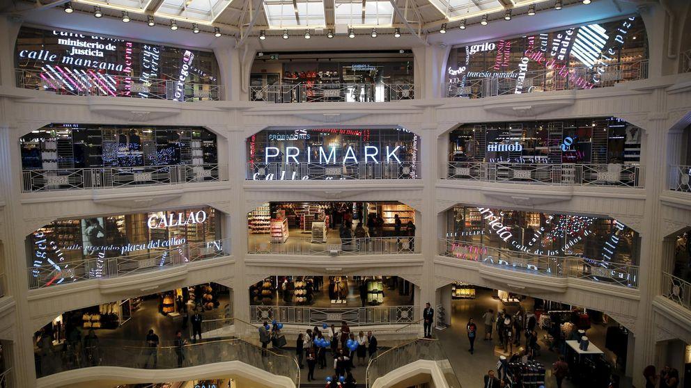 Lo que esconde el 'low cost' de Primark: paga 700 euros y fabrica en Bangladesh