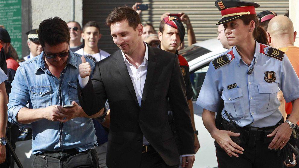 El Barça 'paga' la multa de Messi, pero no evita verle en el banquillo