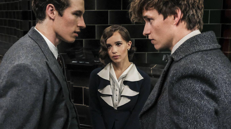Eddie Redmay, Callum Turner y Zoë Kravitz en 'Los crímenes de Grindelwald' (Warner)