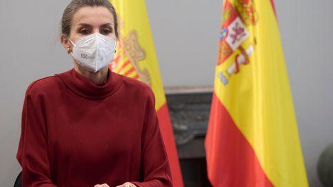 Letizia, salvada por la mascarilla: dos brindis fallidos y muchos aplausos en Andorra