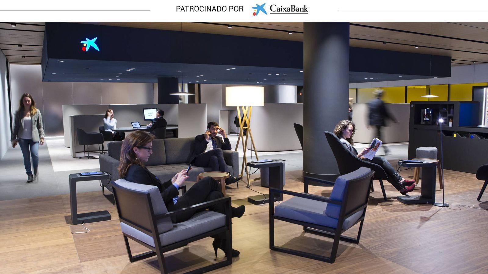 Tecnolog a y espacios abiertos las oficinas bancarias del for Oficinas de caixabank
