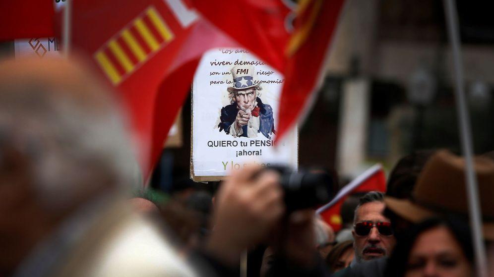 Foto: Protestas de pensionistas en Alicante. (EFE)