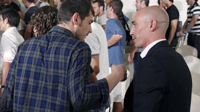 Qué hay detrás de la candidatura de Iker Casillas a presidir el fútbol español (la RFEF)