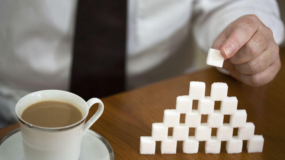 Foto: Hacer una torre de azucarillos es bastante más fácil que resolver el siguiente acertijo. (iStock)