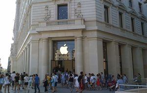 Los dueños de la tienda barcelonesa de Apple venden el 60% de su sicav