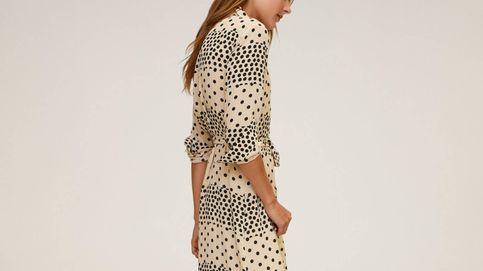 Nunca habíamos visto un vestido camisero de lunares como este de Mango