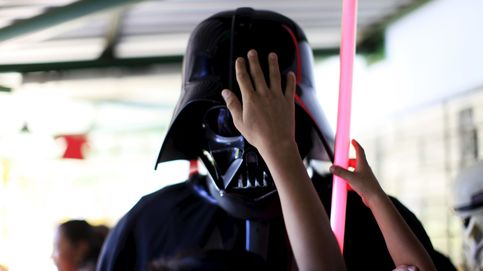¿Cuánto costaría fabricar en el mundo real el famoso traje de Darth Vader?
