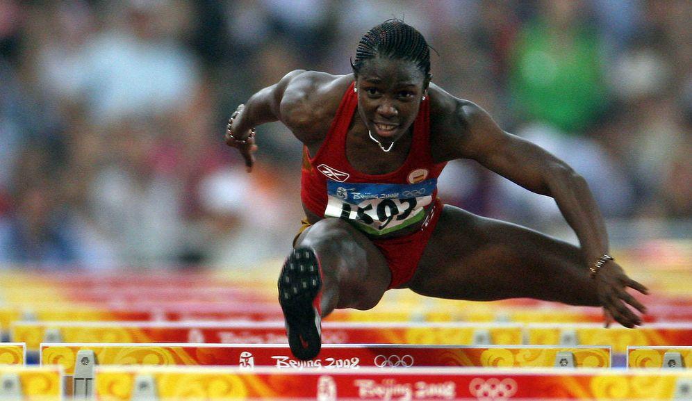 Foto: En la imagen, Josephine Onyia en acción durante los juegos de Pekín (EFE)