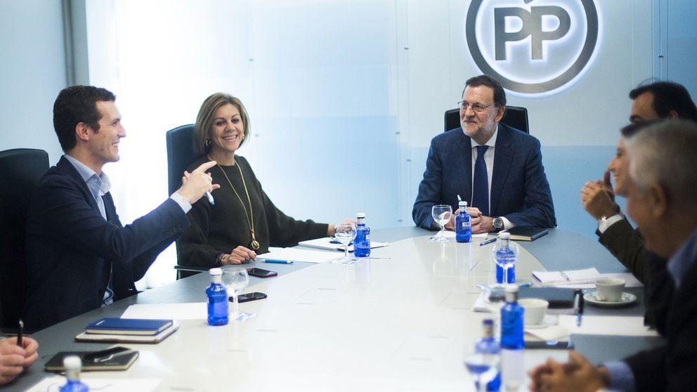 Rajoy pide a los altos cargos que sigan en sus puestos y tengan paciencia