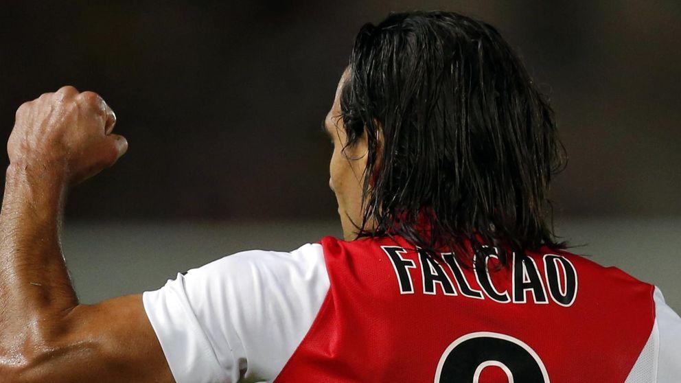 'Dos palos', la razón por la que Falcao acabó jugando en el United
