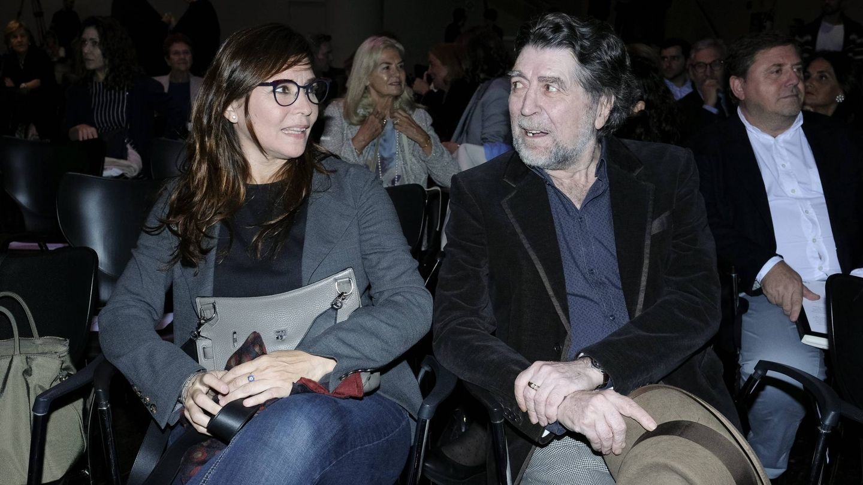 Joaquín Sabina y Jimena Coronado, en un acto literario en Madrid. (Cordon Press)