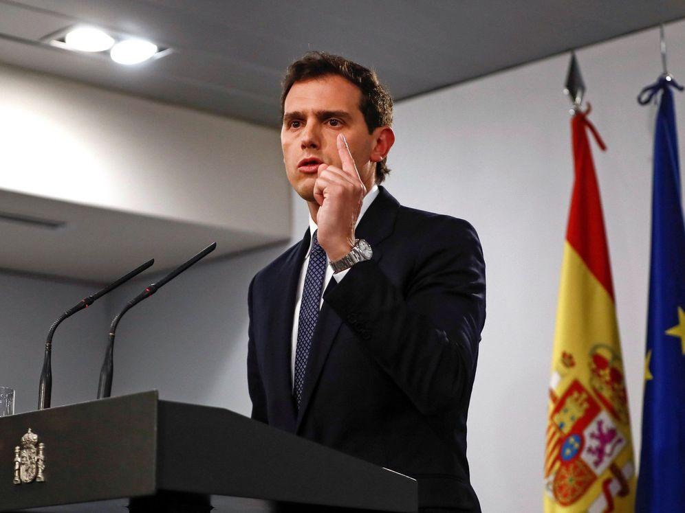 Foto: El líder de Ciudadanos, Albert Rivera, durante la rueda de prensa. (EFE)