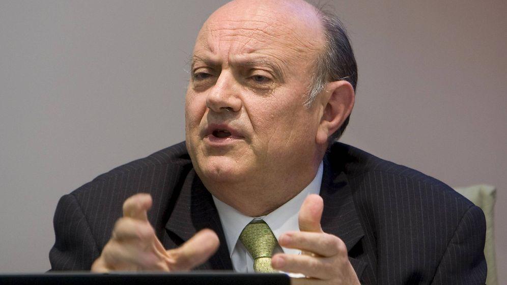 Foto: Juan Ramón Quintás, expresidente de la CECA. (EFE)