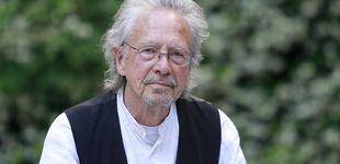 Post de Peter Handke, el Nobel de Literatura que apoyó al 'carnicero' de los Balcanes