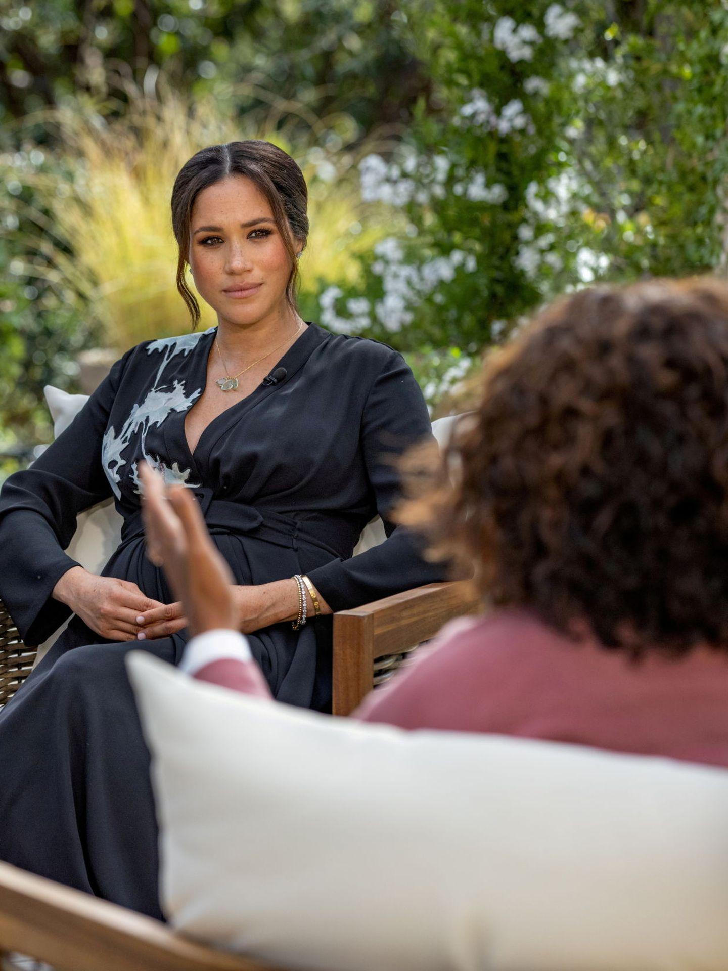 Oprah Winfrey entrevista a Harry y Meghan. (Reuters)
