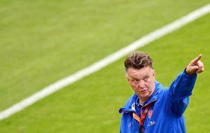 Van Gaal se enfada con FIFA por no poder evitar a Brasil en octavos