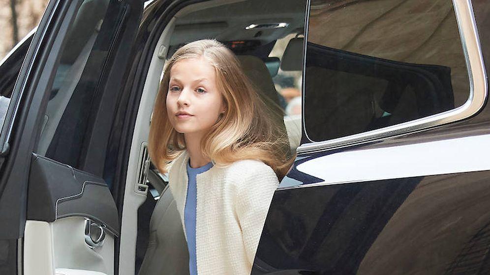 Foto: La princesa Leonor a su llegada a la catedral de Palma de Mallorca. (Limited Pictures)