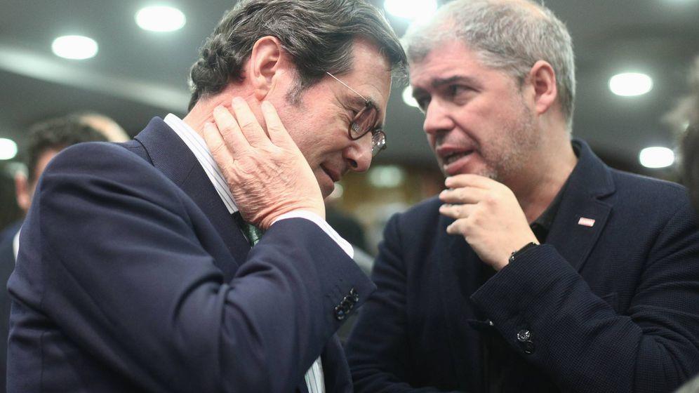 Foto: El presidente de la CEOE, Antonio Garamendi, y el secretario general de CCOO, Unai Sordo. (EP)