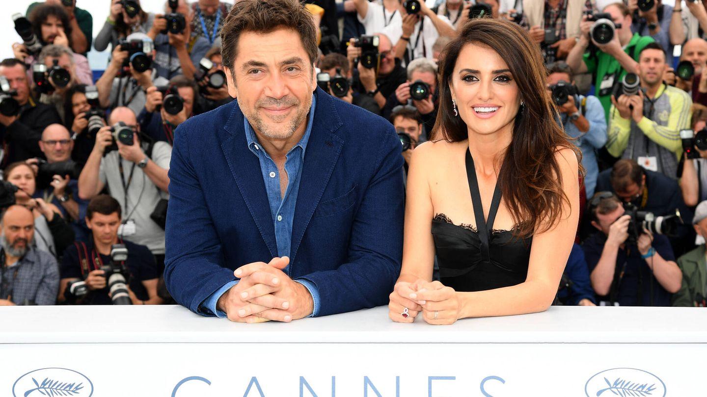Bardem y Penélope, presentando en Cannes 'Todos lo saben', del oscarizado Farhadi. (Getty)