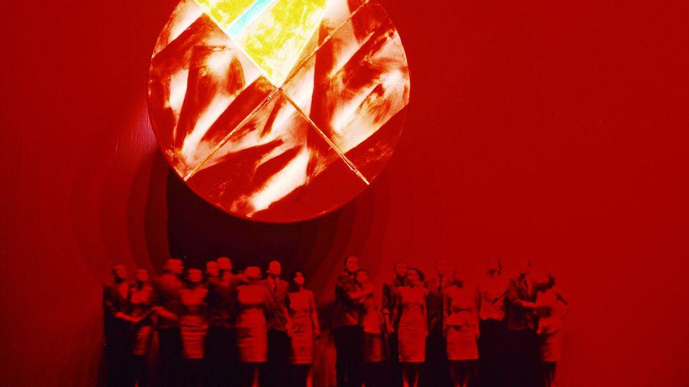 Los bufones que se burlan del nazismo, del comunismo... y del capitalismo