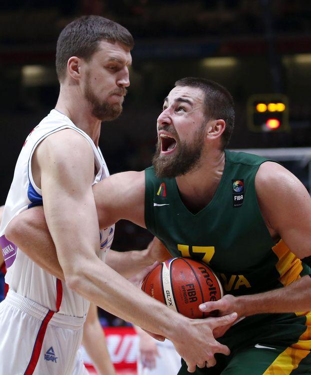 Foto: Valanciunas fue el mejor lituano con 18 puntos (EFE).
