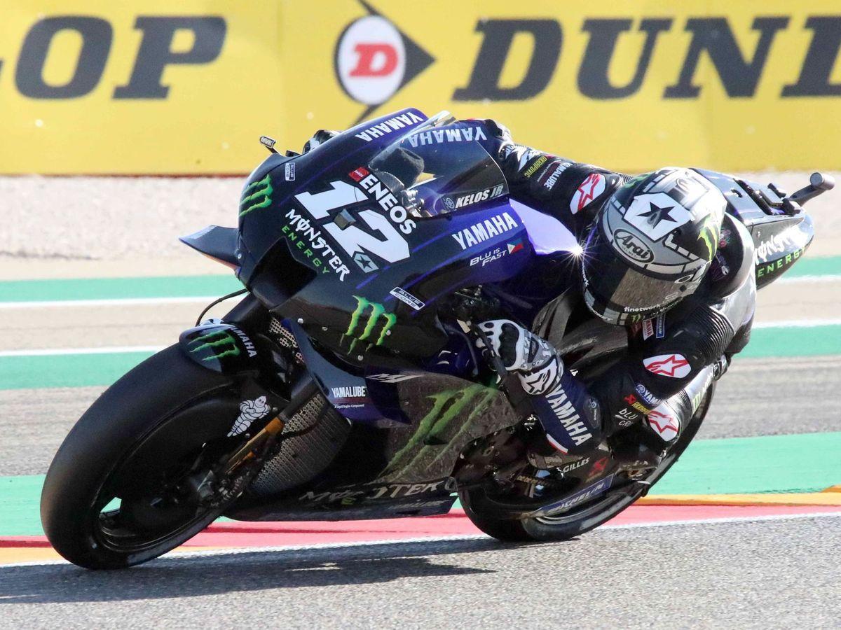 Foto: Maverick Viñales en acción con su Yamaha en Teruel. (EFE)